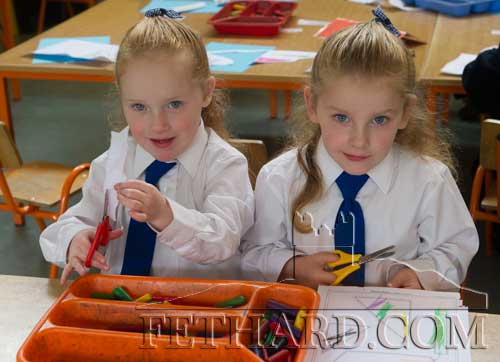 Starting school at Fethard Holy Trinity National School were twins L to R: Caoilainn and Aislinn Kelly.