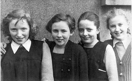 Rita Kearney posted this Fethard Presentation Convent School photograph from the 1950s. L to R: Jacqueline Moloney, Mary Casey, Annette Murphy and Gabrielle Schofield.