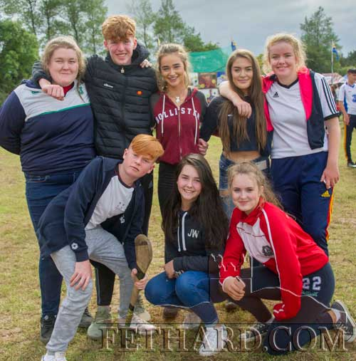 Photographed at Dualla Show are Back L to R: Sophia O'Meara, Kyle Shelley, Kaylin O'Donnell, Anisha Donohue, Emma Shelly. Front M to R: Micheál Quinlan, Jessie Horgan and Mackenzie Thompson.
