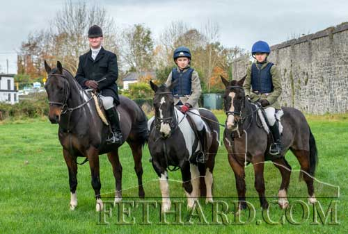 L to R: Aidan Kennedy. Tom Kennedy and Kaitlyn Ryan at the Opening Meet in Fethard.