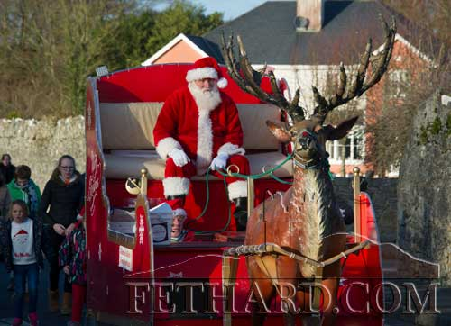Santa before switching on the lights in Fethard