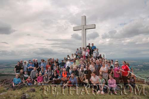 Some of the large crowd that made their way to Holy Year Cross on Slievenamon on Sunday last. (Photos supplied by Miceál McCormack)