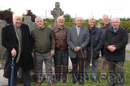 Fethard GAA members photographed at the grave of John Keating in Calvary Cemetery Fethard where he was honoured by South Board as part of the Centenary Celebrations in South Tipperary on May 27, 2007. L to R: Joe Ahearn, Sean Moloney, Tony Newport, Dick Fitzgerald, Liam Connolly, Percy O'Flynn and Austin Godfrey.