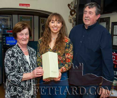 Mary Godfrey (left), representing the selection committee, presenting Sinead Delahunty with the Butler's Bar Fethard Sports Achievement Award for the month of November. Also included is proprietor, Philip Butler.