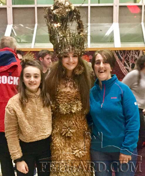 Patrician Presentation pupil, Allison Connolly wearing her Junk Kouture outfit 'Athena', photographed with her sister Áine Connolly (left) and her mother Annette Connolly at the Regional Final in Limerick.