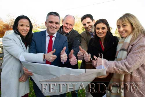 Thumbs Up for Fethard Town Park Funding – Community members involved in youth development in Fethard are delighted with the news that Fethard Town Park project is to receive €2.6m funding under the Rural Regeneration and Development Fund. Cllr Garret Ahearn is photographed on site discussing the plans on Monday, November 11. L to R: Triona Morrisson (Principal Holy Trinity National School), Cllr Garret Ahearn (Mayor of Clonmel), Paul Kavanagh (Fethard & District Rugby Club), Pat Coffey (Principal Patrician Presentation Secondary School), Caroline Madden (Town Park Project Manager) and Lorna Bermingham (Youth Work Tipperary). (Photo: Joe Kenny)