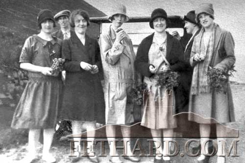 Gathering heather at The Vee, one of Kate Cantwell's Sunday outings by hired car  around the 1930s L to R: Jo Barrett, Tommy Tyrrell (driver), Peggy Cantwell, Madeline Looby, Annie Barrett, Kate Cantwell and Nancy Flynn.