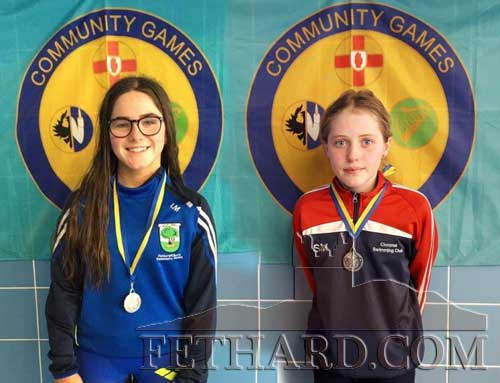 L to R: Izzy Maher  won silver in U16 Butterfly and Suzy Murphy won silver in U12 Breaststroke.