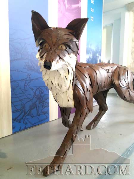 Tipperary artist, Lyn Kirkham of Greenmantle Arts has installed her piece Mr Fox at the Fethard Horse Country Experience. The sculpture of steel plates, has been cold worked by hand and welded to form a beautifully lifelike and unique piece. Lyn and Greenmantle have previously worked in Fethard with local schools. Her art will be familiar to the community as she designed and installed a willow piece with local school children by the Clashawley River below Madam's Bridge.